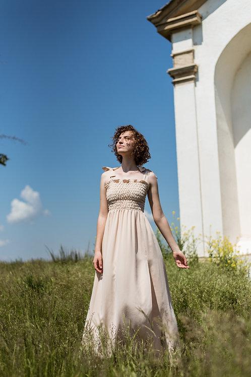 Lucie Komárková – Hedvábné šaty ELIZE