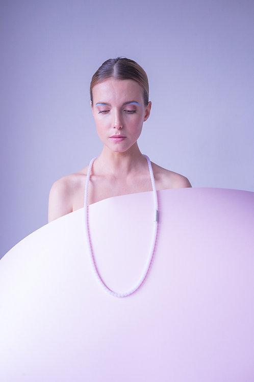 Adéla Pečlová – Náhrdelník Pink SPHERES OF IDENTITY