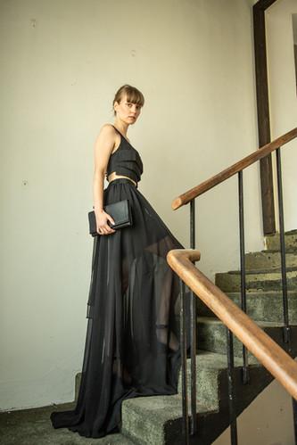 LUCIE KOMÁRKOVÁ | Společenský top a sukně