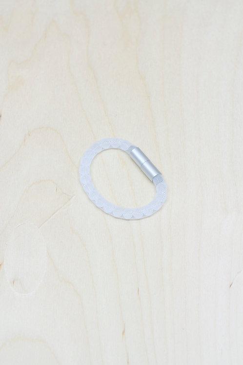 Adéla Pečlová – IMPERFECT |  pure bracelet