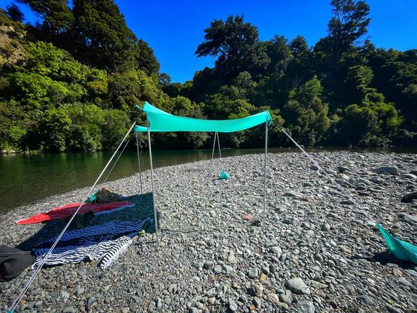 Waingawa riverside summertime beach goodness
