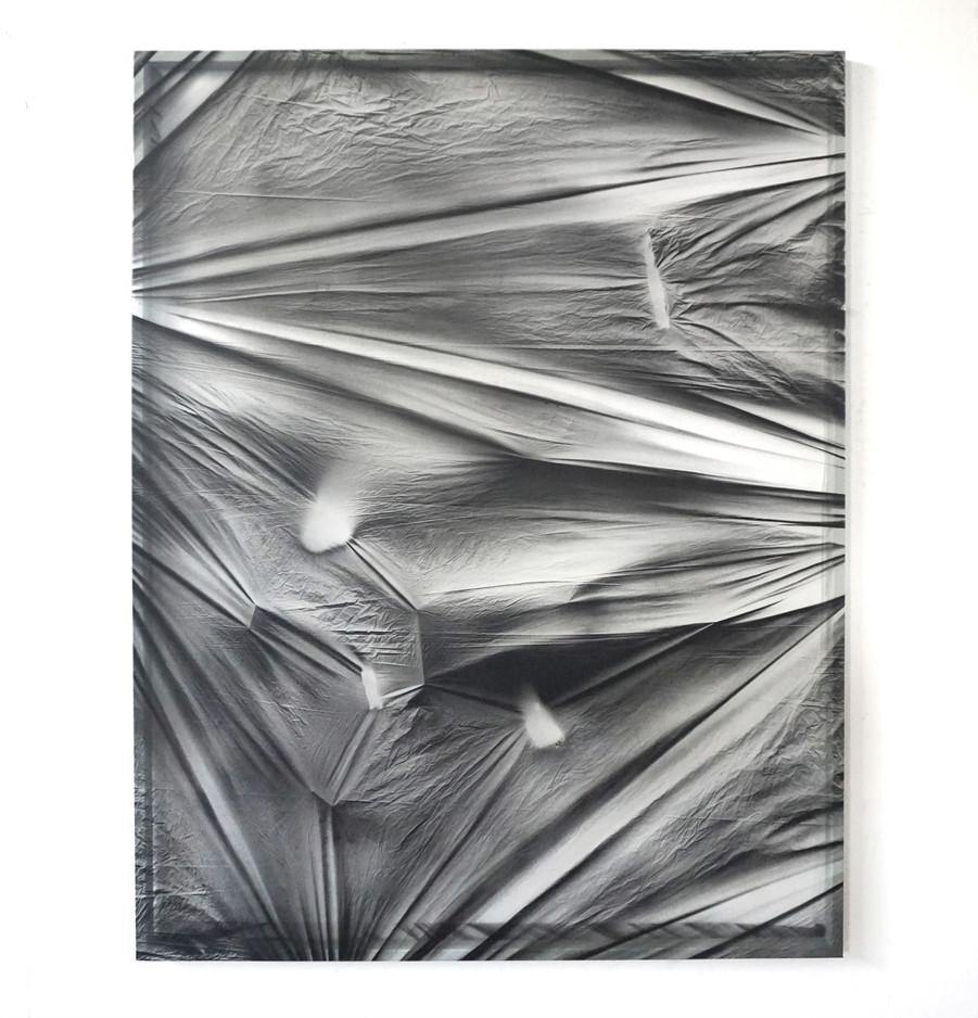 Tensions 2 Spray sobre polietileno y vinilo transparente 160 cm x 130 cm