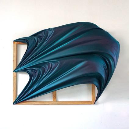 Flying canvas 1 Tela sintetica, microcemento y resina en bastidor 120 x 130 x 45 cm