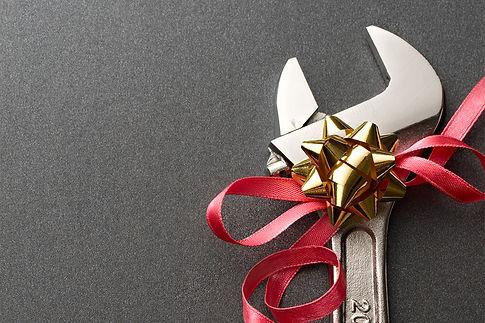 12 perfect DIY plumbing tools, christmas gifts for DIY plumbers, holiday gifts for DIYers, DIY holiday plumbing tools, plumbing tool gifts