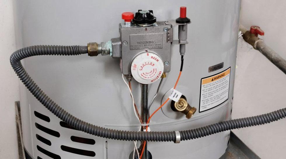 tankless vs standard water heaters, tankles water heater, standard water heater