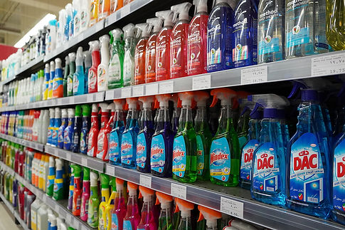 mixing household chemicals, danger of mixing household cleaning products, cleaning product dangers, which chemicals not to mix