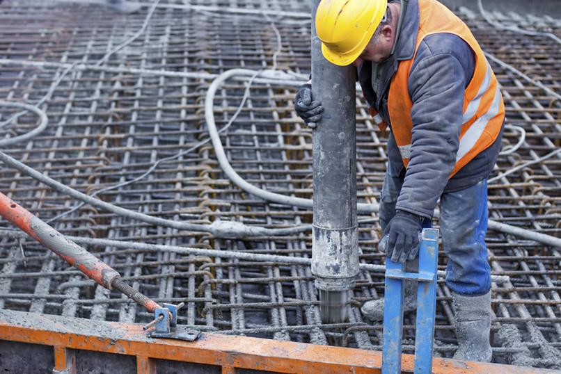 工人構建適應和支持