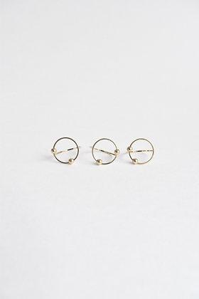 Circus - Bague - Un cercle et deux perles de métal