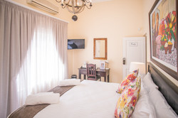Olivers Bed & Breakfast - Emily Room 3
