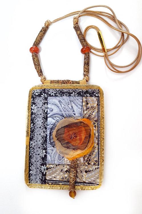 תכשיטים מעוצבים-שרשרות קווילט שחור זהב-1
