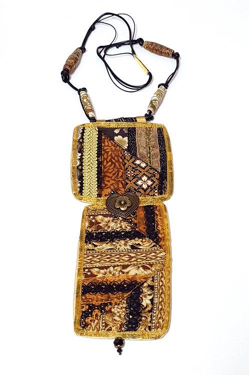 תכשיטים מעוצבים-שרשראות קווילט שחור זהב-2