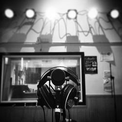 We hope everyone has had a great weekend! 😊_••••_#RHMG_#Music_#Studio_#LiveMusic_#Bands_#Artist_#Gu