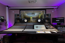 Rock Hard_Console Room (4 of 25)