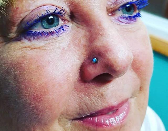 When your eyeliner is on fleek.jpg Aweso