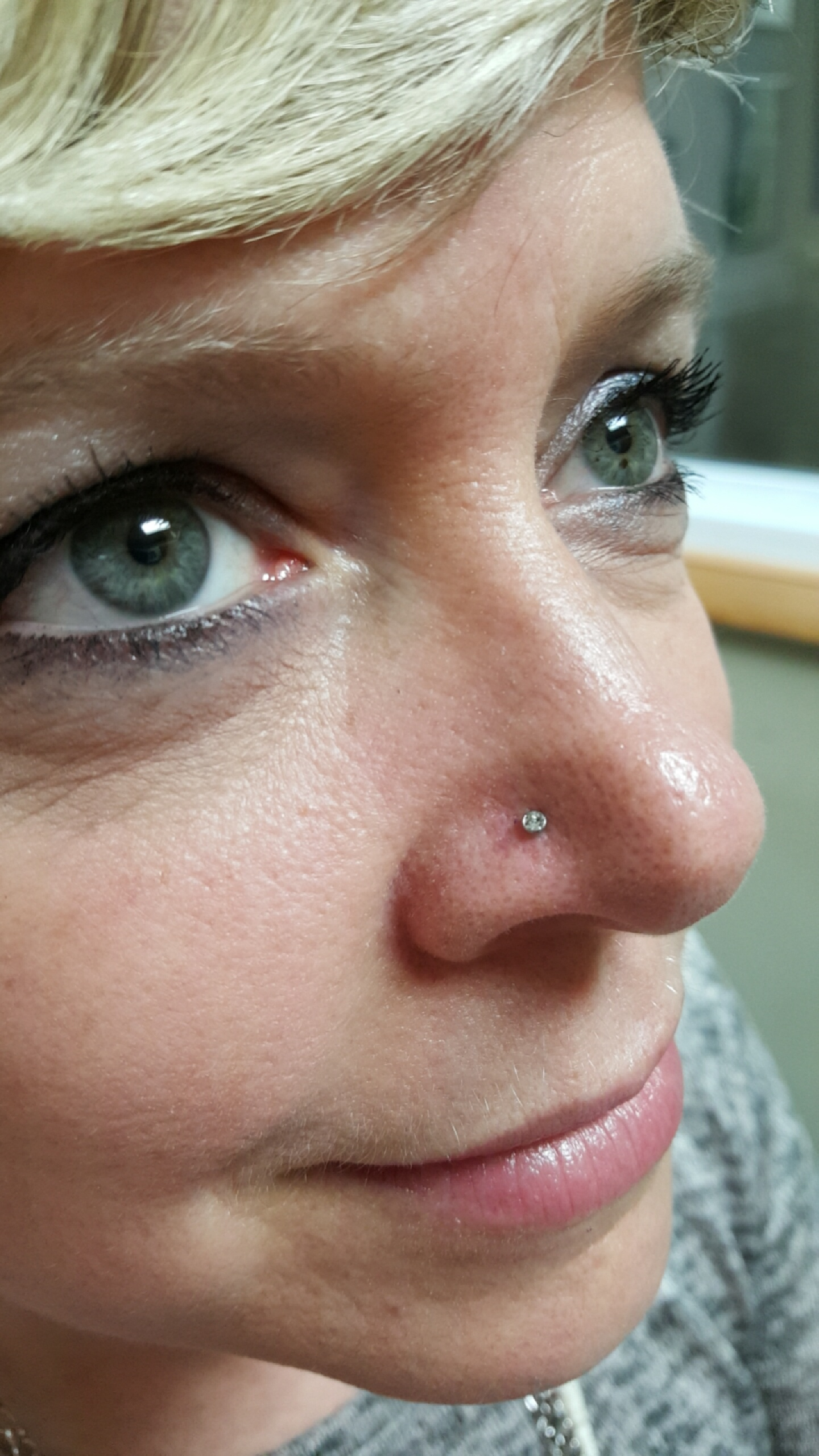 Nose piercing Intrinsic Body 2m