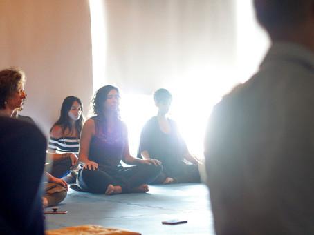 Luz sobre o Nāda Yoga