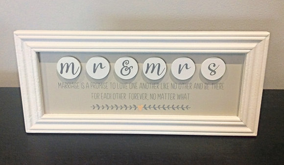 Mr & Mrs Quote Frame