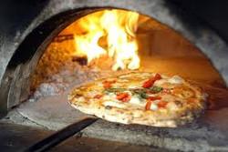 Pizza en horno de leña pizza party