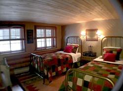 Bedroom #4 (Sleeps 2)
