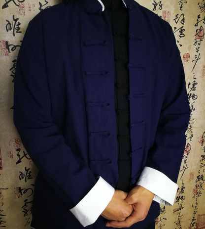 Traditional Blue and White Edged Top