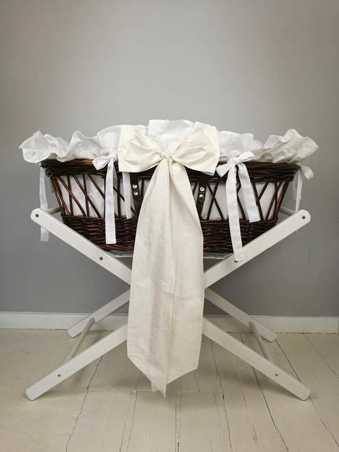 Finley's Moses Basket