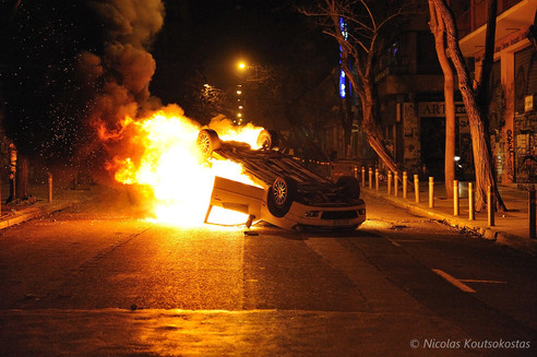 Clashes in Athens after protest against high security prisons