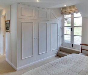 Tom Goldsmith Joinery - Fully Fitted Wardrobe