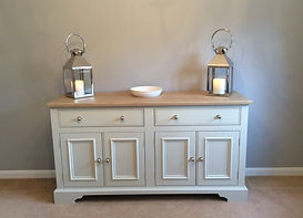 Tom Goldsmith Joinery - Freestanding Cabinet
