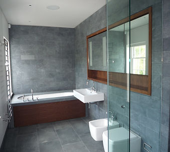 Tom Goldsmith Joinery - Fitted Bath Panel and Mirror