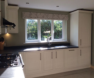 Tom Goldsmith Joinery - Shaker Style Painted Kitchen