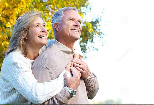 pares-idosos-felizes-11089360.jpg