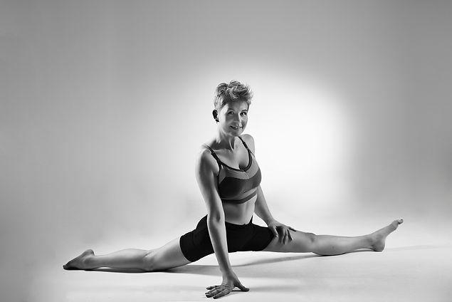 200219-Michaela Fit Portraits Fitnesssho