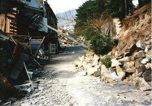 震災後の自宅周辺(1995年1月20日)