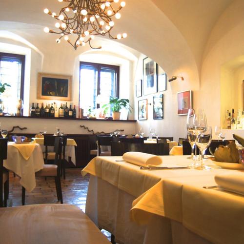Rahofer Cafe Restaurant