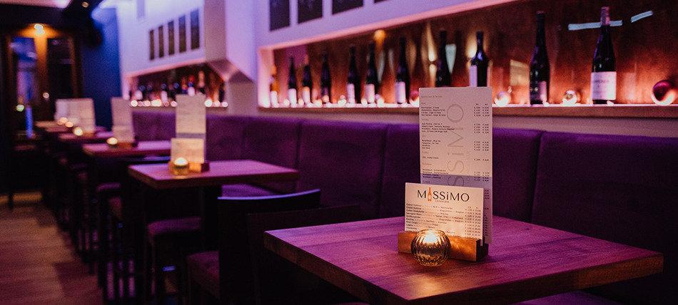 Massimo Steyr, Bar & Lounge