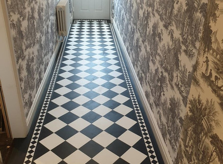 A statement hallway in Amtico Signature