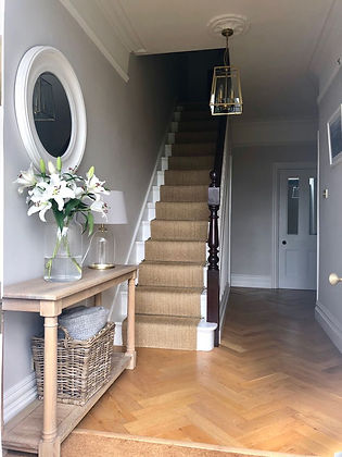 Sisal stair runner with stairrods
