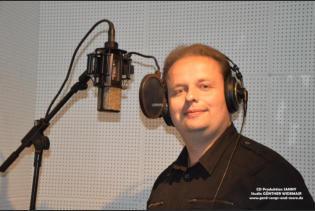 Sanny im Studio beim Einsingen seiner neuen CD Das Land der Träume