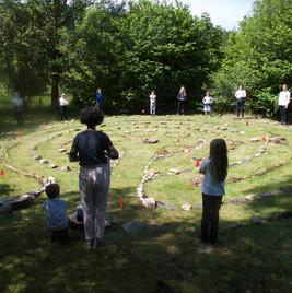 AACLabirinth kids in circle.jpg