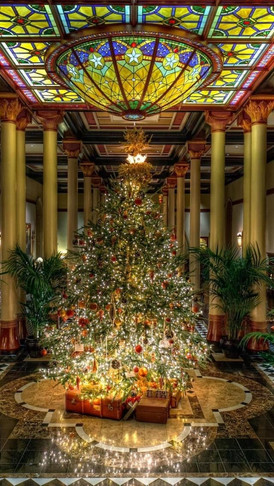 The Driskill centerpiece tree