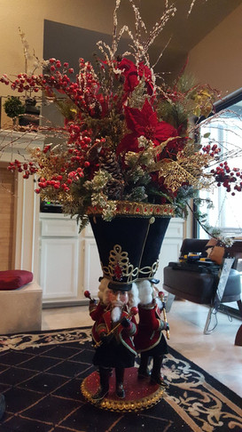 6' tall holiday floral