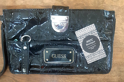 Guess Clutch *Authentic*
