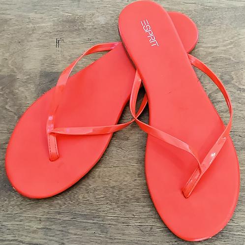 Esprit Flip Flops