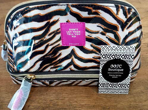 New! Stella & Dot Makeup Bag