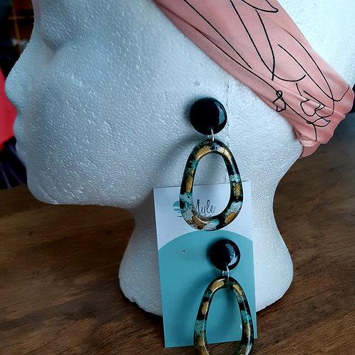 Myle et un bijoux Earrings