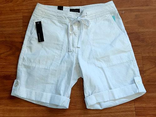 NWT! DKR & Company Shorts *linen*