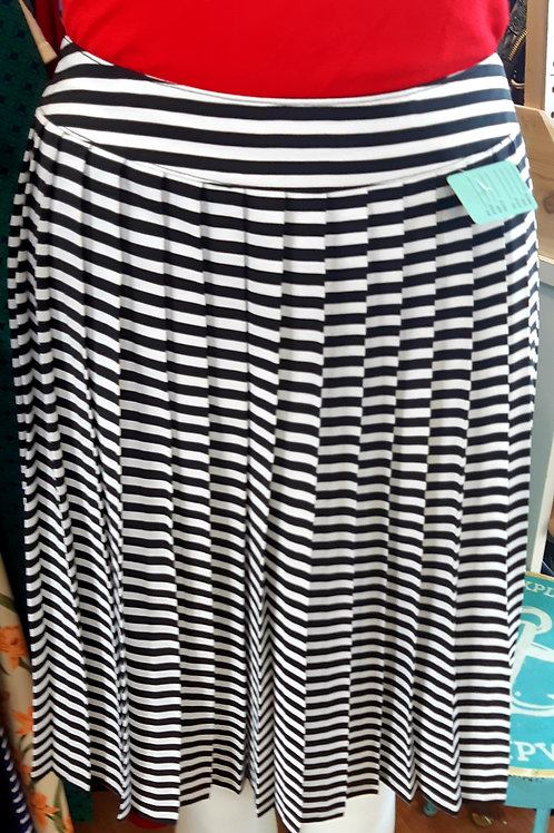 Jac Dale Pleated Skirt