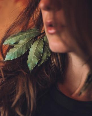 Laurel Leaves-2.jpg