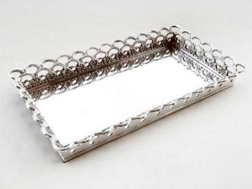 99013 Bandeja retangular com grade prata