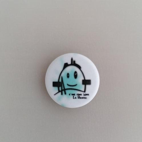 Badge le petit Auguste bleu